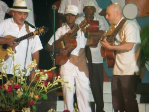 Prof. Ben Lapidus (right) at a changüí festival in Cuba